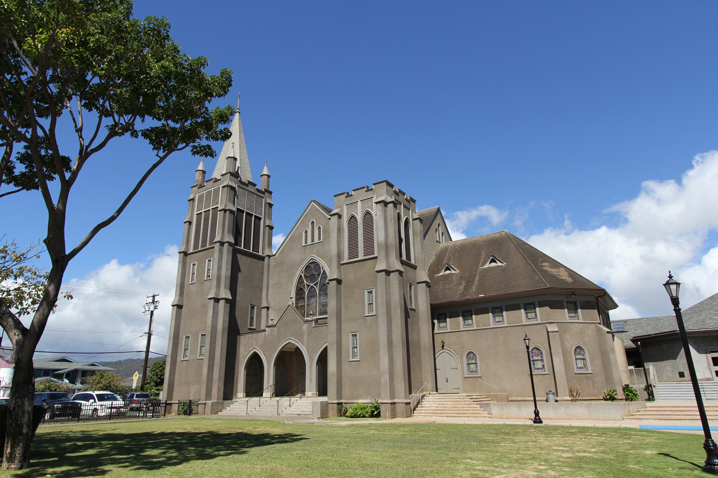 KAUMAKAPILI CHURCH